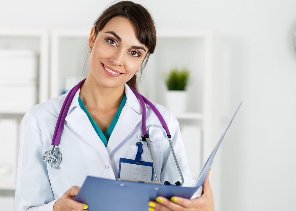 鼻柱挙上術の名医