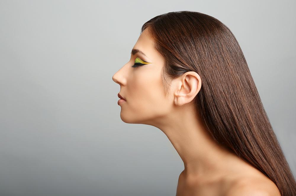 鼻中隔延長術(保存軟骨移植)の修正
